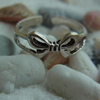 Sterling silver BOW toe ring