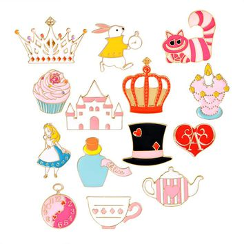 Queen of Heart Alice in Wonderland Pin Brooch Button Badges Cute Pin Tea Party Alice Cupcake Colorful Accessories