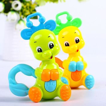 1pcs Random Send Animals Baby Rattles Mobiles Baby Toys Educational Toys Plastic Hand Jingle Shaking Bell Rattle Baby Toys