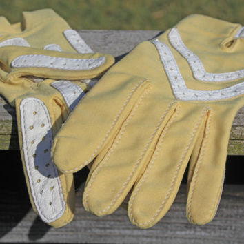 Vintage Pale Saffron Ladies ISOTONER Gloves with Leather trim
