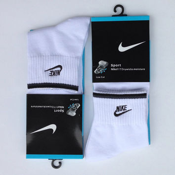 NIKE Men Casual Sport Embroidery Thick Socks Stockings