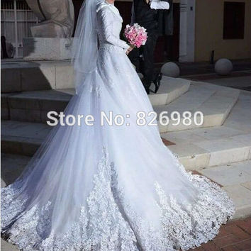 Hochzeitskleid Robe de Mariage Long Sleeve Muslim Wedding Dress China With Hijab Veil Venice Lace Appliques