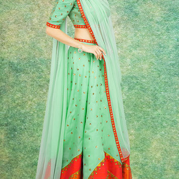 Women's Raw Silk Fabric & Green Pretty Circular Lehenga Style