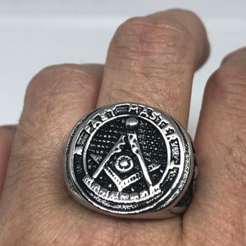 Vintage 1980's Gothic Stainless Steel Past Master Free Mason G Men's Ring