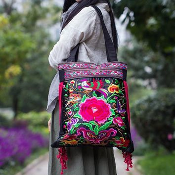 3d299abbeff0 Women Shoulder bags!2015 New national trend flower embroidered b