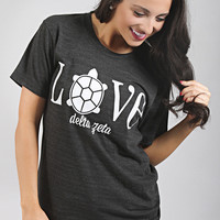 Traditional Greek Love Tee - Delta Zeta