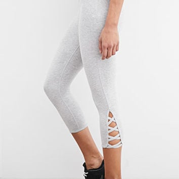 Heathered Crisscross-Cutout Capri Leggings
