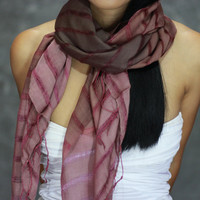 The fashion leisure silk cotton scarf, natural fold purple scarf, shawl, soft and comfortable multifunctional female accessory