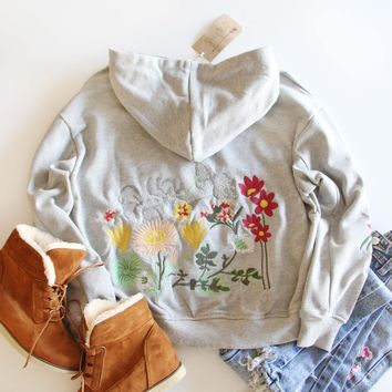 Snowcaps Embroidered Sweatshirt