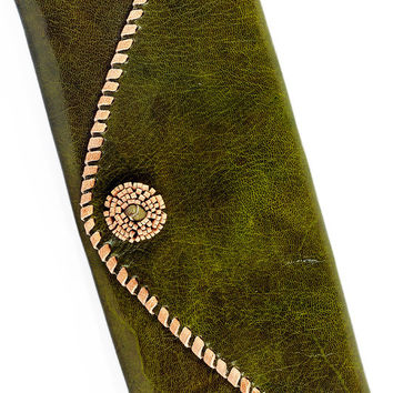 Olive Leather Zigani Clutch Purse with Natural Rosette