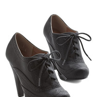 ModCloth Menswear Inspired Flying First-Sass Heel in Black