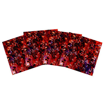 "Ebi Emporium ""Amongst the Flowers - Summer Nights"" Red Black Indoor/Outdoor Place Mat (Set of 4)"