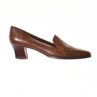 80's Brown Loafers with Kitten Heel