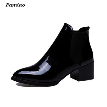2016 Fashion British Bullock Style Women Ankle Boots High Quality Pointed Toe Chunky Heel Chelsea Patent Boots Oxford Shoes