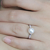 Pearl wedding rings for women,open pearl ring,inexpensive engagement rings,fashion rings,cheap promise rings,fake diamond rings real pearls