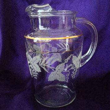Frosted Grape Design Pitcher, Bartlett Collins, Golden Grape Pattern, 32 oz. Clear Glass, Thick Gold Line Trim, 1950s Juice, Bar Pitcher