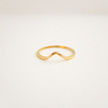 Single Gold Geometric Chevron Ring, Dainty Stacking Rings, Knuckle Rings, Silver Stacking Rings,Gifts for Her, Spring Jewelry, Gold Ring