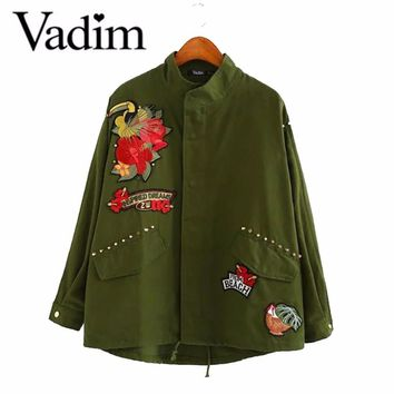 Women army green floral bird car embroidery patch bomber jacket rivet studded loose flight jacket casual coats outwear CT1444