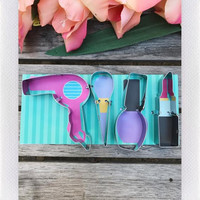 DARLING DISTRACTIONS COOKIE CUTTER BEAUTY SET