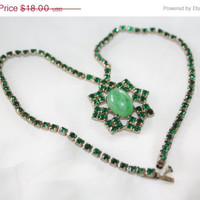 Summer Sale Vintage Pendant  Necklace Emerald Green Rhinestone 1950s Jewelry