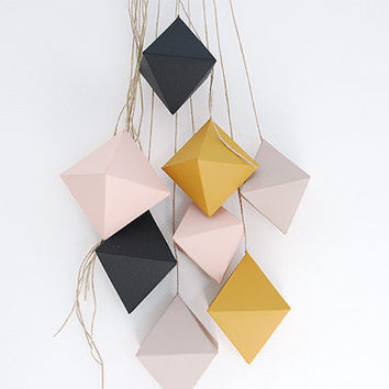 Garland Octahedron . Grey and Pink . Indoor Ornament . festive decoration . Wedding . Engagement . Birth . Modern and Minimalist . Home