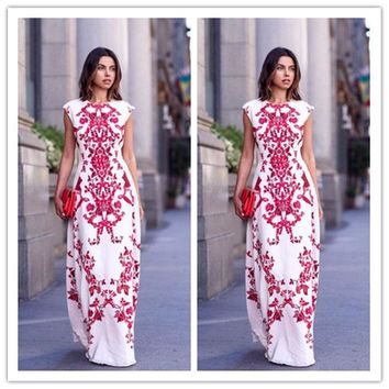 2017 Women O-Neck Chiffon Dress Floral Print Sleeveless Long Dress Elegant Hollow Out Beach Maxi Boho Dress
