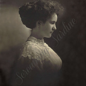 Vintage Digital Download Photo, 1910s woman in pretty dress portrait