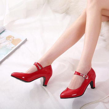 Fashion Mary Janes Pumps Single shoes shallow mouth Style Round Toe Thick Heel Pumps Women Patent PU High Heels Shoes V512