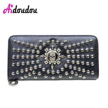 Women Famous Brand Rock Skull Wallet Luxury Long Wallets Female Leather Vintage Skull And Rivet Women Clutch Bag Designer Purses