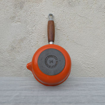 French vintage Le Creuset pan 14, cast iron orange pan, 1970s kitchenware, French retro pan, French cookware, orange Le Creuset pan