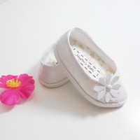 American Girl Doll White Patent Shoes, Pointed Toe Shoes, Slip On Ballet Flats, Dress Shoes