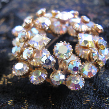 Vintage 1970s Rhinestone Brooch Antique Gold AB Rhinestones Round Wreath Pin