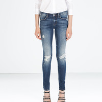 MEDIUM RISE SKINNY FIT JEANS