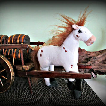 Set! Horse and Wagon, Horse And Cart, Horse Figurine, Table Decor, Home Decor, Cottage Chic