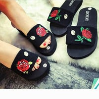 Rose Embroidery Casual Fashion Women Sandal Slipper Shoes