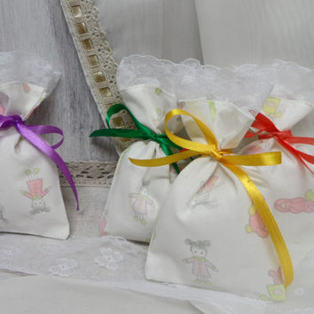 Favor bags. Christening  Favor Bags.  Small Bags whit lace 4 x 5 christening ceremony, birthday party. Baby Shower