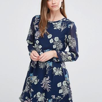 Yumi Long Sleeve Shift Dress In Butterfly Print
