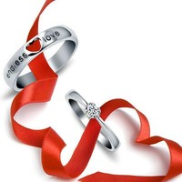 Eternal love couples on the first ring ornaments, a birthday gift to his girlfriend