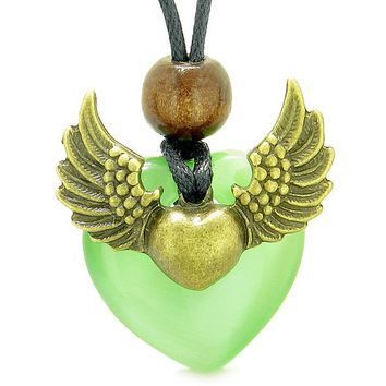 Angel Wings Double Lucky Heart Donut Amulet Magic Powers Green Simulated Cats Eye Pendant Necklace