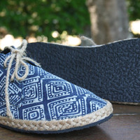 Vegan Mens Shoes, Lace Up Sneaker Oxfords In Hmong Indigo Batik - Matt