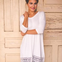 Short Sleeve Lace Trim Tunic- Ivory