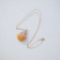 Gold-filled Small Sunrise Shell Necklace with Stone