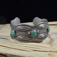 Native American Vintage Navajo Ingot Three Stone Cuff