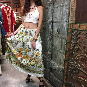 Mogul Womans Beach Skirt White Floral Printed Boho Gypsy Casual Summer Skirts: Amazon.ca: Clothing & Accessories