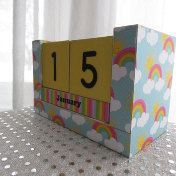 Baby Countdown Wooden Block Calendar - Rainbows and Sunshine