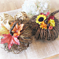 Grapevine Twig Pumpkin Centerpiece, Autumn Fall Flower Arrangement, Rustic Country Autumn Wedding Decor, Rustic Table Centerpiece Decoration