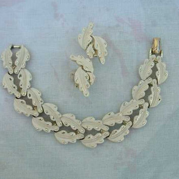 CORO Enameled White Maple Leaf Link Bracelet Earring SET Demi