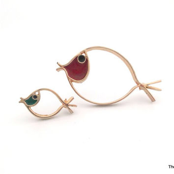 Sarah Coventry fish brooch pins red blue teal enamel gold tone minimalist modern design