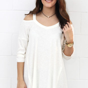 Spring Lovin' Ribbed Cold Shoulder {Ivory} EXTENDED SIZES