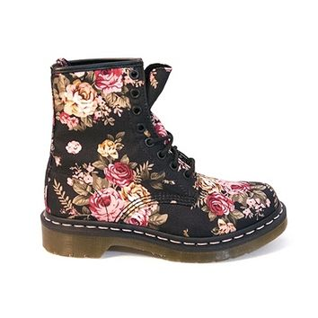 Dr Martens 1460 - 8 Eye Victorian Black